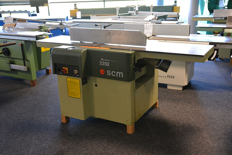 3639 - SURFACE AND THICKNESS PLANER SCM